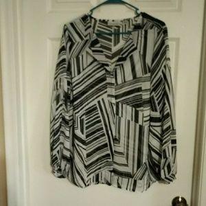 EUC AVENUE 14/16 BLK&WHITE ABSTRACT SHEER blouse